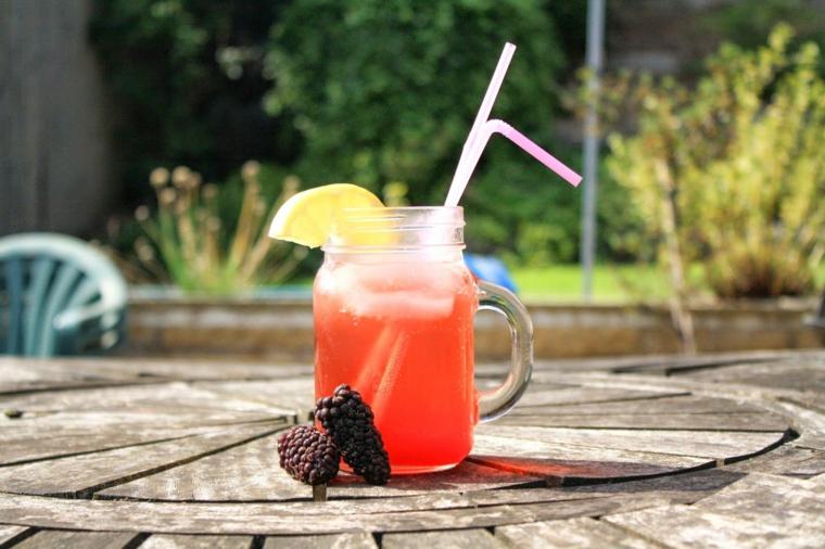 boissons préparées-maison-mûres