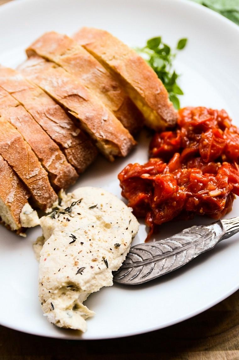 recettes-pour-le-petit-déjeuner-pain-toasté-fromage-vegan