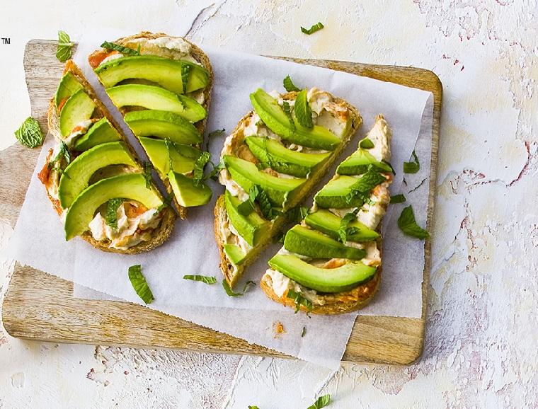 recettes-pour-déjeuner-pain-pain-toast-idées-fromages