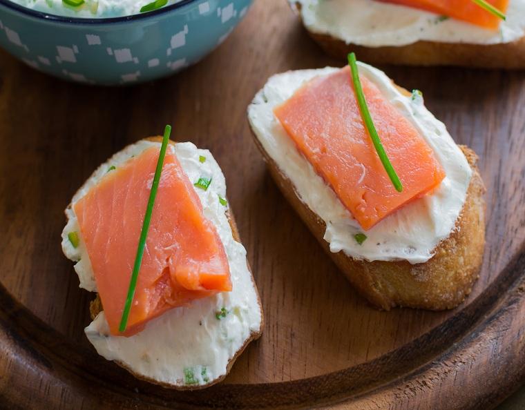 recettes-pour-petit-déjeuner-toast-toast-idées-saumon