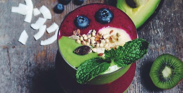 recettes-de-smoothies-bol-frutas-idees