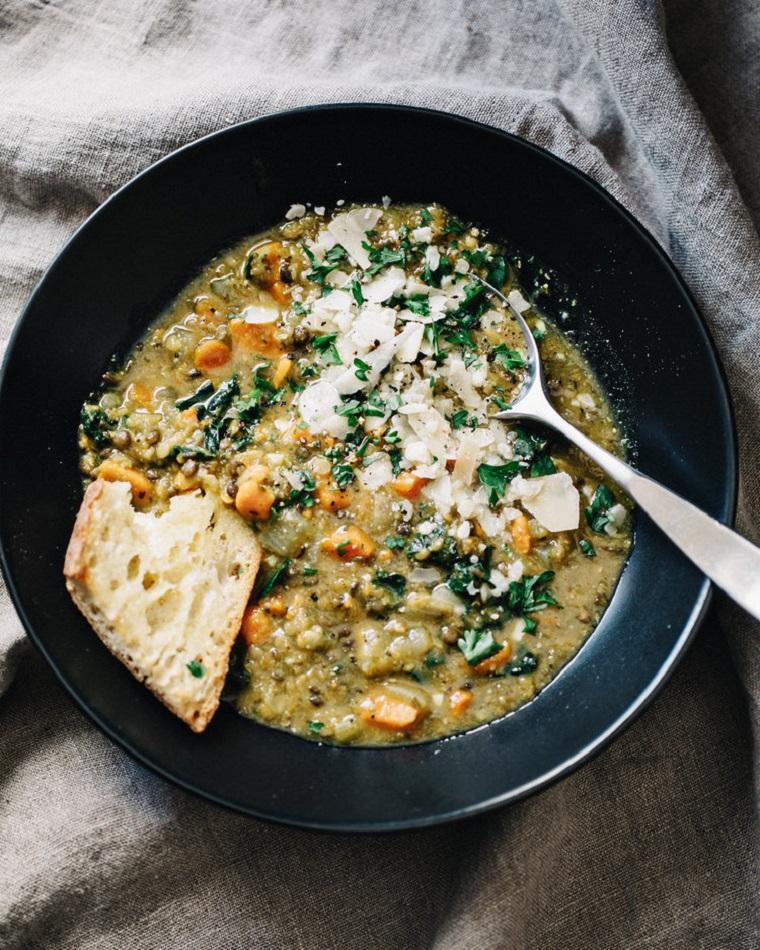 recettes-végétarien-soupe-facile-lentilles-idées