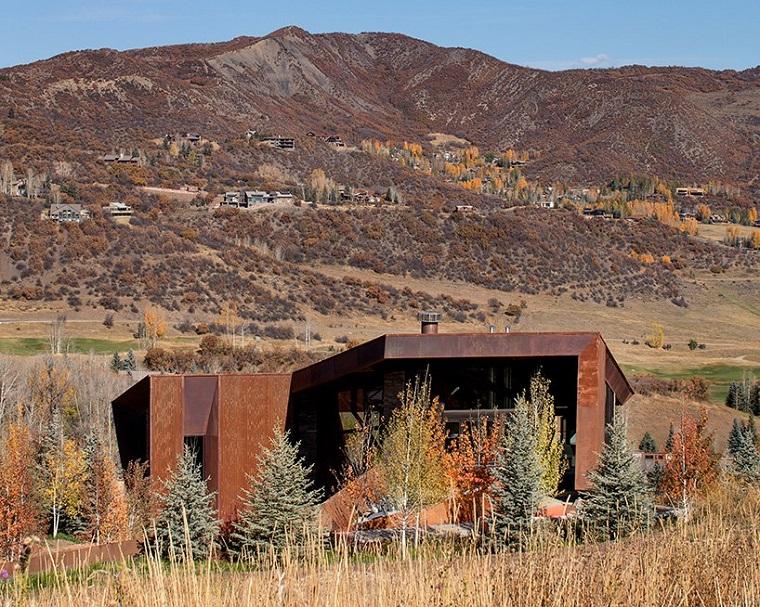 structures métalliques vues de paysages