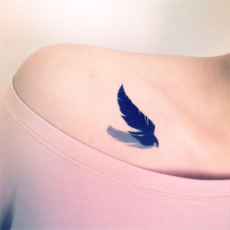 tatouage-de-pluma-idees-azul