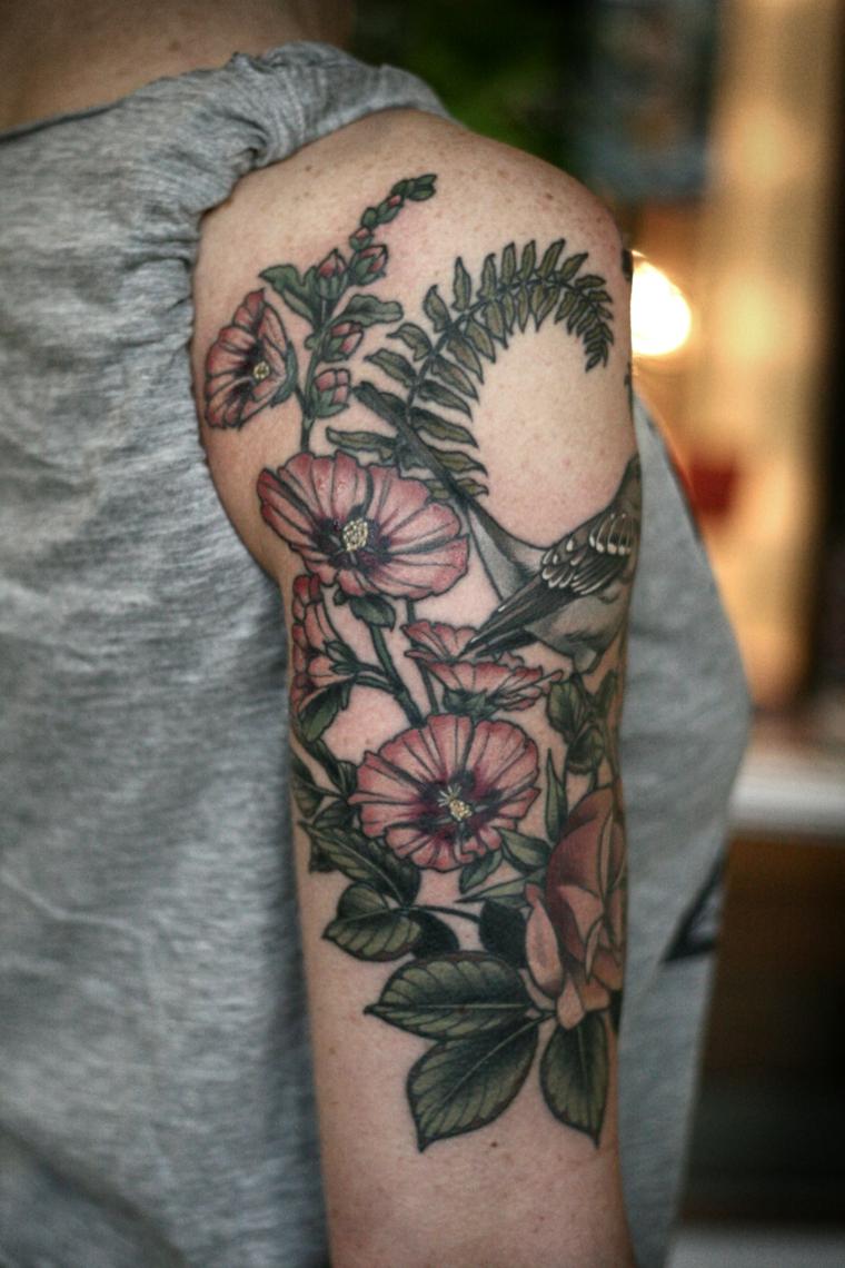 tatouage-fleurs-épaule-style