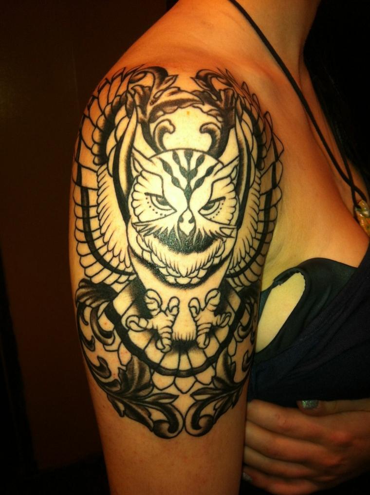 tatouage-épaule-style-original