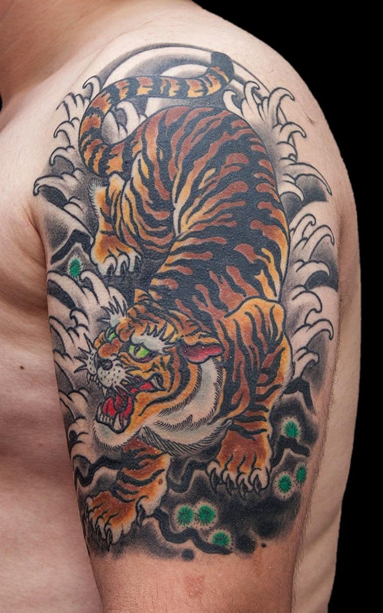 tatouage-épaule-tigre-style moderne