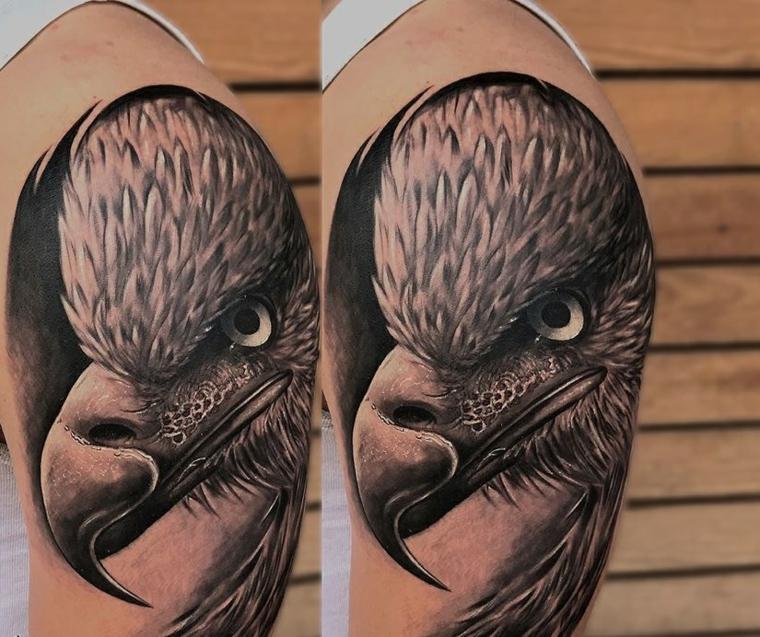 tatouages-épaule-aigle-homme