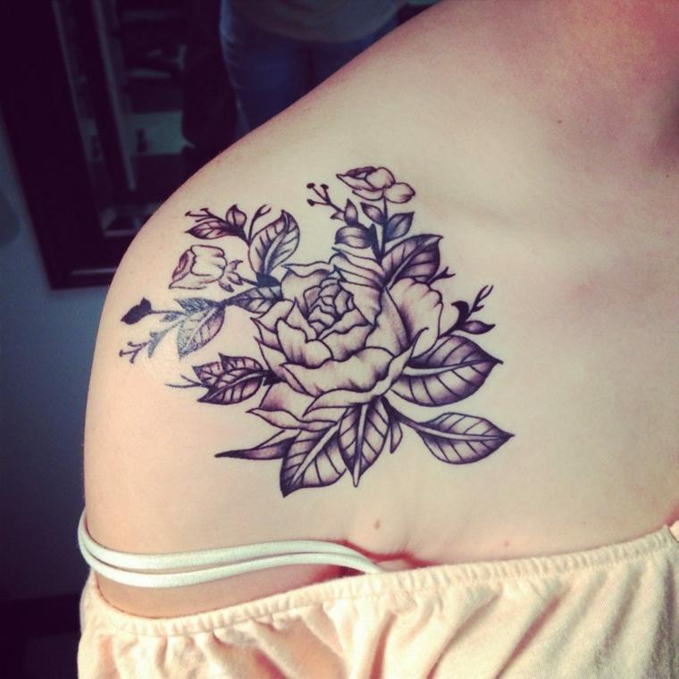 tatouages-pour-lepaule-fleurs-grand-rose
