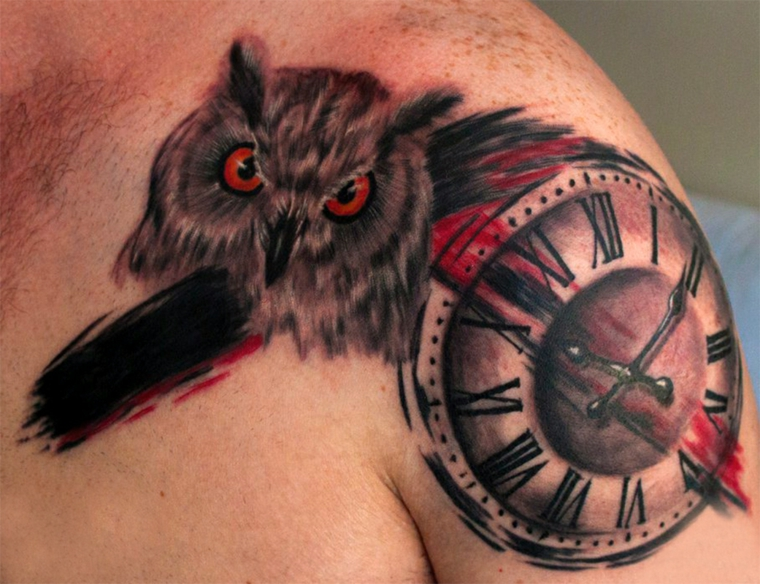 tatouages-pour-lépaule-original-horloge