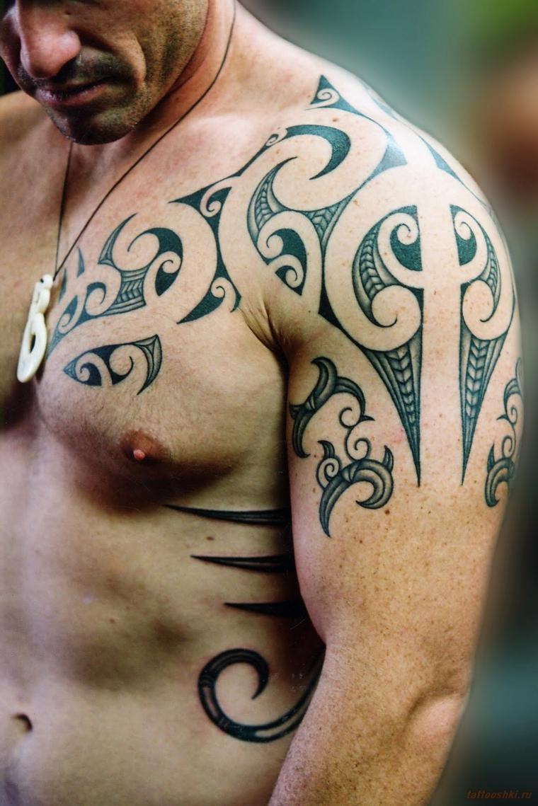 tatouages-pour-lepaule-poitrine-idees-symboles-celtique