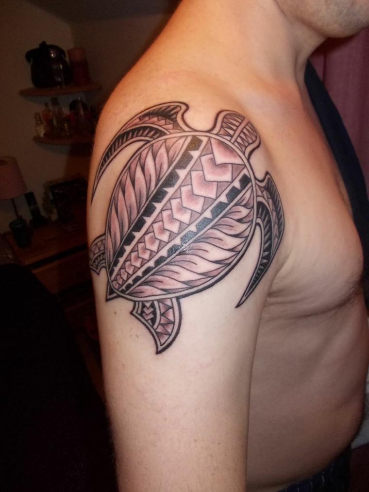 tatouages pour la tortue à lépaule