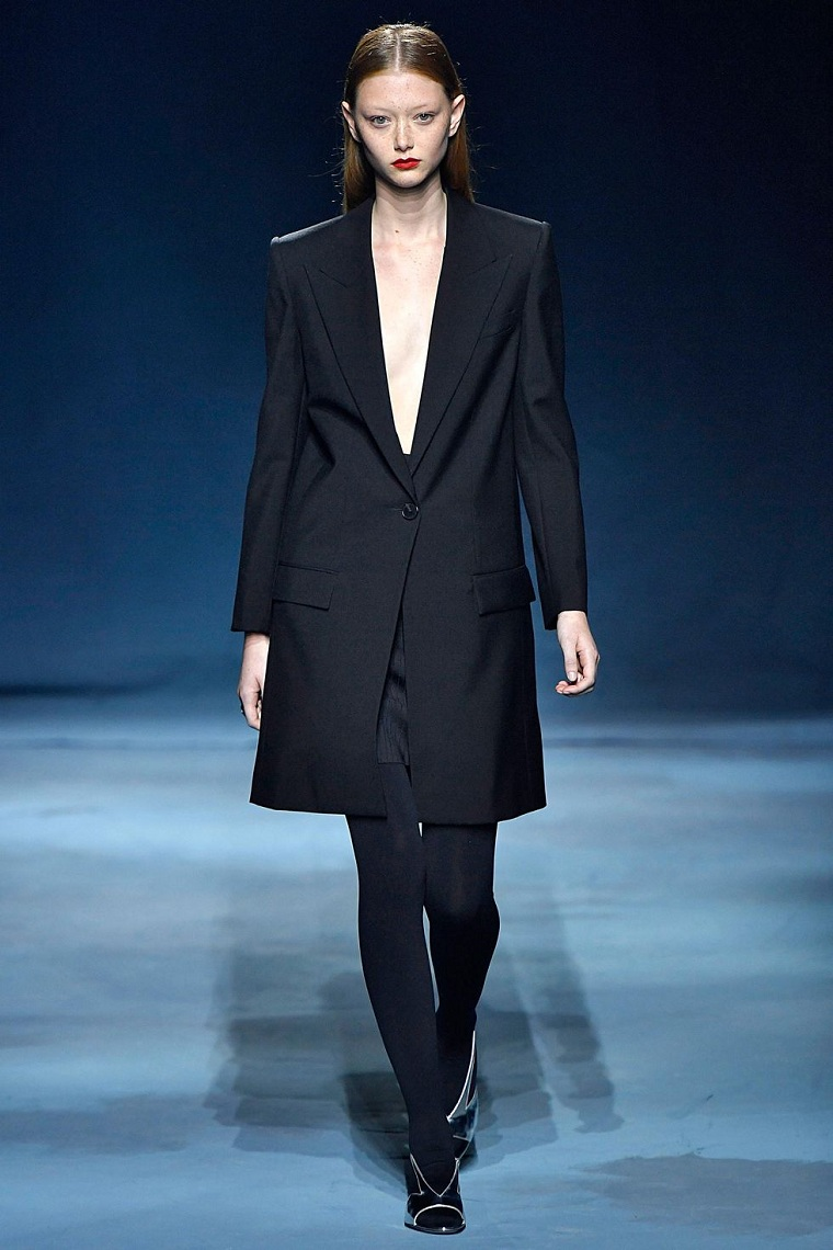 givenchy-modern-elegant-suit