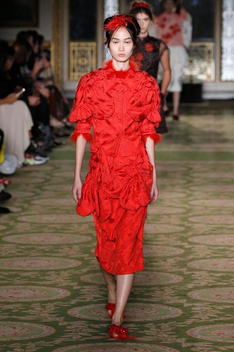 simone-rocha-vestidi-rojo-estilo