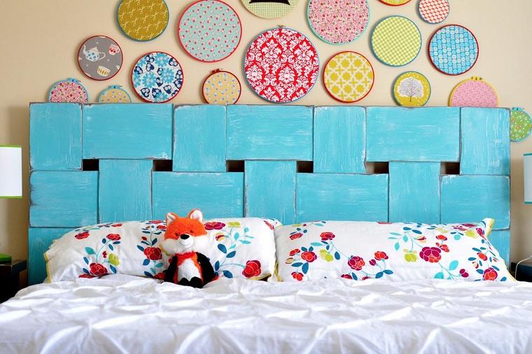 têtes de lit bricolage peint en bleu