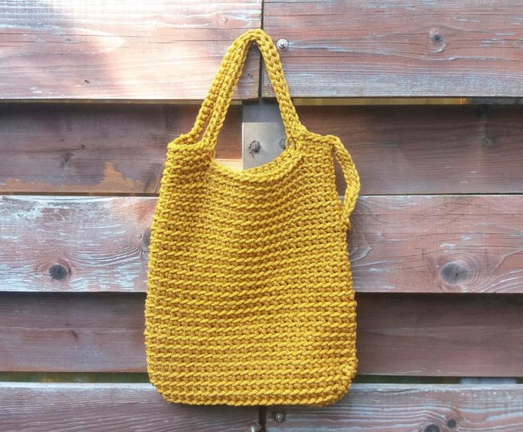 sac tricoté jaune