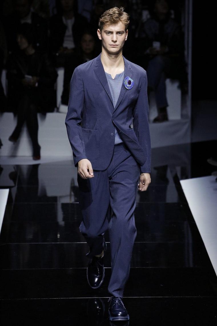 choix-original-costume-elegant-couleur-bleu